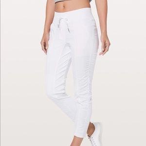 Lululemon Street to Studio Lined Pant Size 6